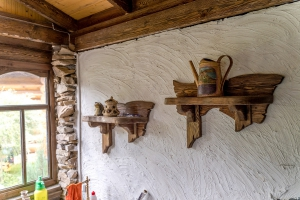 Комплект мебели из массива сосны под старину в беседку