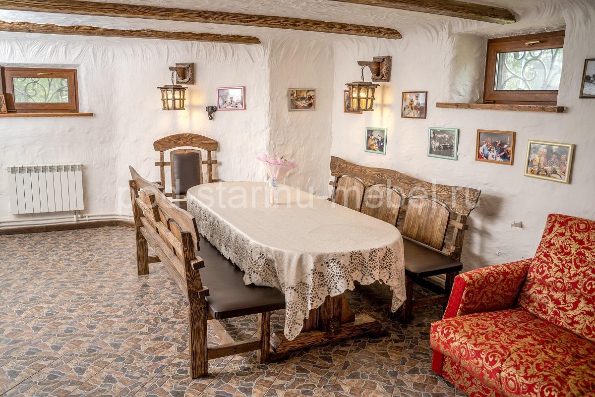 Дом под старину столовая