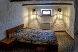 Дом под старину спальня
