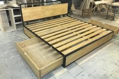 кровать в стиле лофт Лаки 2