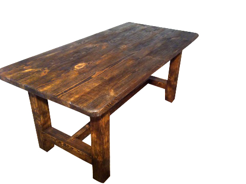 стол на четырех ножках брашированный
