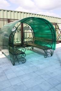 Скамейка Посадская с крышей