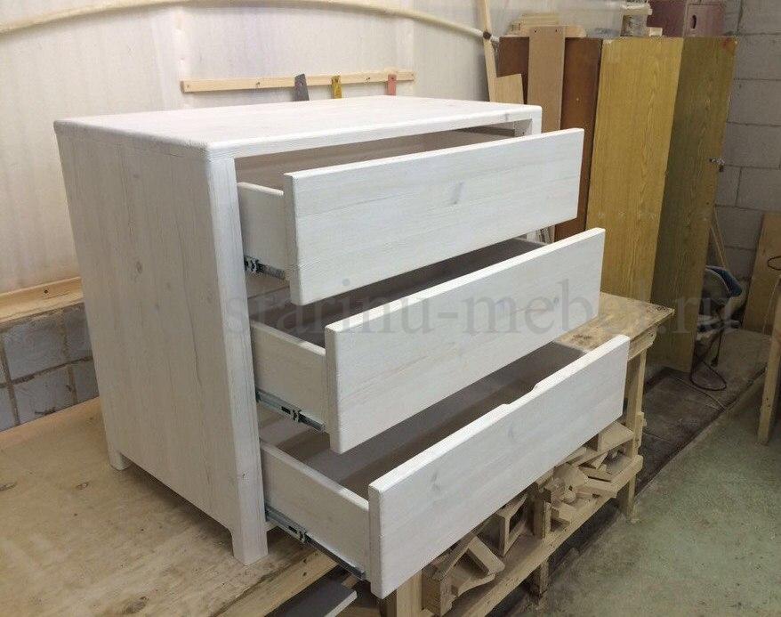 Комод в стиле лофт белый с открытыми ящиками