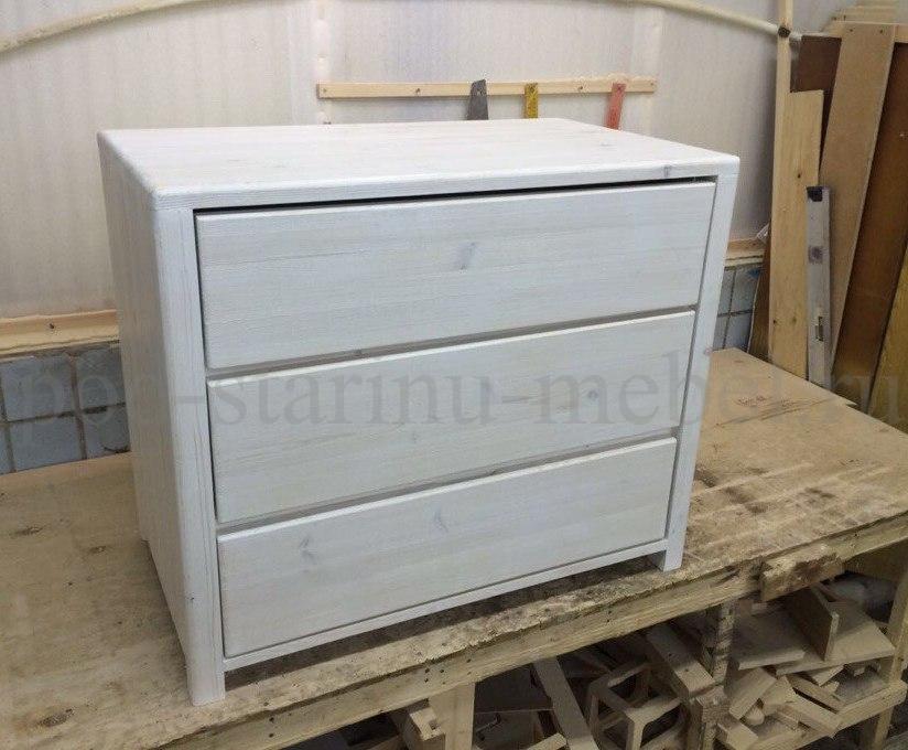 Комод в стиле лофт белый с тремя ящиками