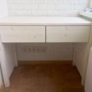 Столик в стиле лофт туалетный в белом цвете спереди