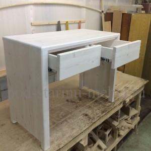 Столик в стиле лофт туалетный в белом цвете