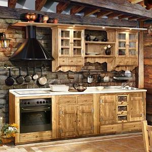 Кухня в стиле кантри из массива дерева