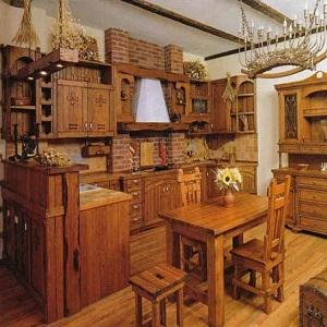 Кухня под старину из массива дерева