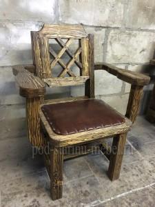 Кресло из массива сосны под старину Князь