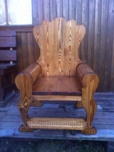 Кресло из массива сосны под старину Император