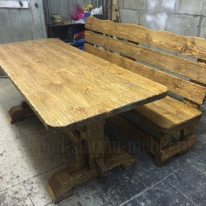 Комплект мебели из массива сосны под старину