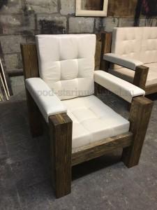Кресло из массива сосны под старину
