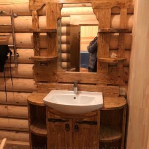 Тумба для ванной с зеркалом и мойкой из массива сосны под старину