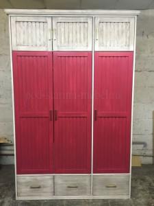 Шкаф в стиле лофт из массива сосны под старину розовый