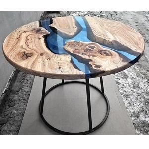 столик из слэба с заливкой эпоксидной смолой